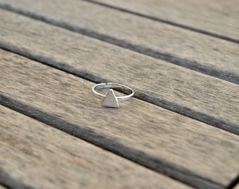 Triangle Ring / / Ring triangle