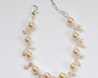 Swarovski Pearl cream bracelet