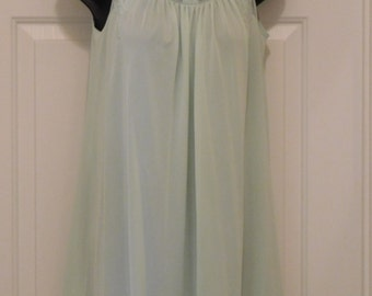 Vingtage Shadowline Nightgown with slippers