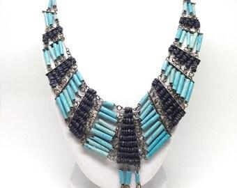 Intriguing Elongated Blue Black Wood Bead Dangle Bohemian Southwest Vintage Necklace