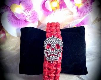 Paracord Skull red bracelet