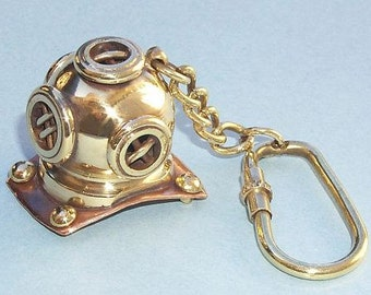 Diver Helmet Key Chain
