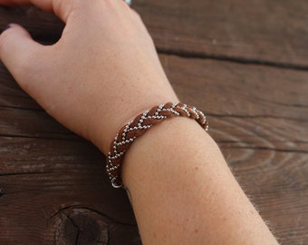 Brown braided bracelet | Braided suede bracelet | Simple suede bracelet | Suede and chain bracelet | Bradied bracelet | Brown boho bracelet