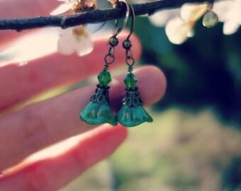 Green Earrings, Drop Earrings, Flower Earrings, Dangle Earrings, Brass Earrings, Czech Glass Jewelry, Czech Earrings, Picasso, Bohemian.