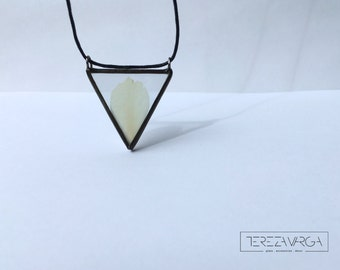 White peony Botanical Peony necklace Stained glass Herbarium necklace Long Necklace White pendant Floral necklace Pressed flowers jewellery