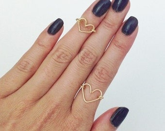 Dainty Wire Heart Ring