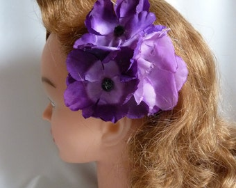 Purple hair flower clip - True vintage purple triple anenome hair flower, authentic vintage, pin up 1960s, hair clip