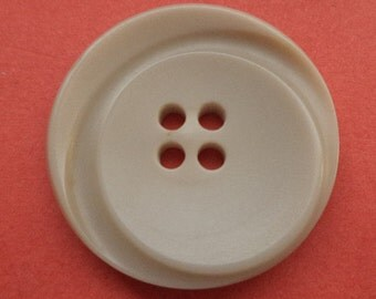 5 large buttons beige 28mm (2042) button