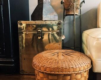 Vintage Large Woven Basket w/ Lid / Blanket Basket
