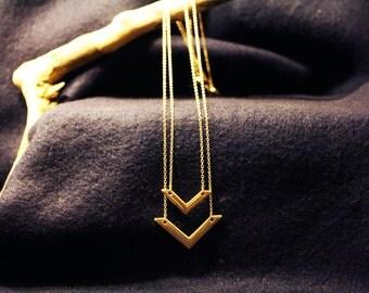 Gold V Necklace Set