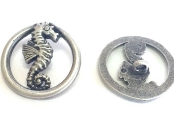 Nicky Epstein Seahorse Metal Shank Button 25 mm, Silver Sea Life Button