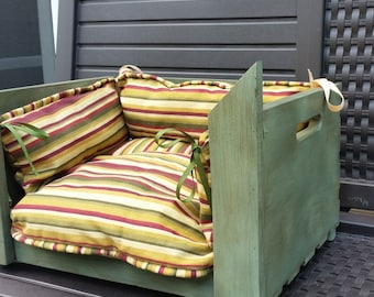 Barn Wood Antiqued Pet Bed