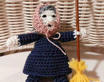Befana amigurumi crochet cotton, decoration/decorazione natalizia country chic, winter wedding favor