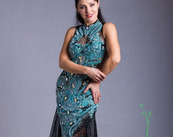 Elegant embroidery dress