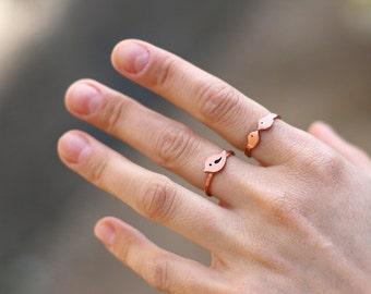 Copper bird ring, Tiny Copper Bird Ring, Bird RIng, Metal Bird RIng, Copper RIng, Copper Bird, Copper Jewelry