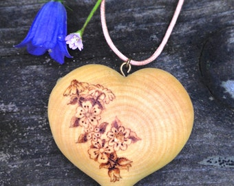wooden heart necklace, wood heart pendant, pyrography pendant, wood burned necklace, heart necklace, wood jewelry, wood heart jewelry