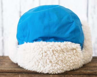 Trapper winter toque / Hat Blue Man Trapper