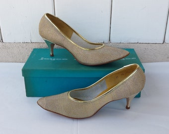 Vintage 1960s Joyce Gold Mesh Heels size 9 1/2