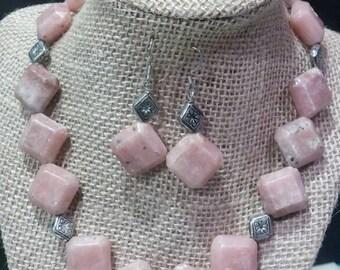 B18 Lepidolite Necklace Set