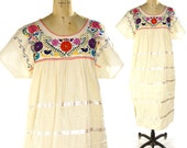 Embroidered Mexican Peasant Dress / Vintage 1970s Bohemian Cotton Sundress with Ribbon Applique & Colorful Embroidery