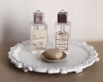 Dolls House Miniature Bathroom Bottles and Soap
