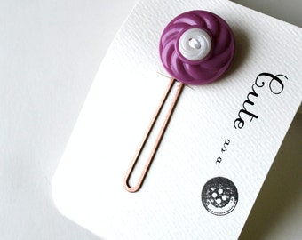 Cute as a Button--Purple and White Vintage Button Hair Pin