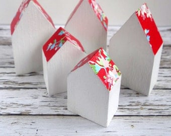 Little wood houses. 5 mini rustic home ornaments, hand-painted and decoupaged, floral red and white pattern roof