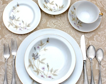 Vintage 1960s Dinnerware Japan Fine China Temptation Service For 6 Mid Century Modern Dish Set Gray Mauve Floral Gold Leaves and Gold Trim