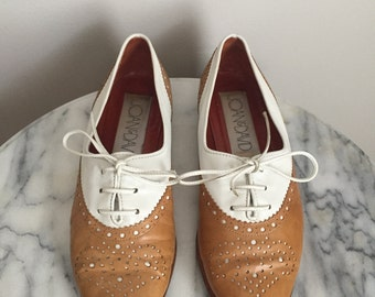 Margot - Vintage Leather Oxford Spectators by Joan & David. Size 6. Made in Italy.