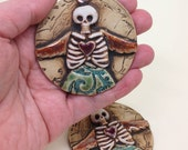 Ceramic Dia de los Muertos Wall Hanging, Skeleton Clay Ornament, Day of the Dead Charm, Dia de los Muertos, Pottery Decor,Christmas Ornament