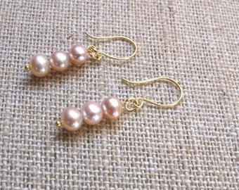 Pink Pearl Earrings, Pink Cultured Pearl Earrings, Vintage Cultured Pearl Earrings