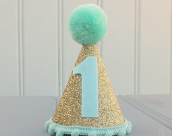 First Birthday Hat, Mint and Gold Party Hat, Mini Glittery Party Hat, Cake Smash Hat, 1st Birthday Hat, Baby Girl's Photo Prop, Glitter Hat
