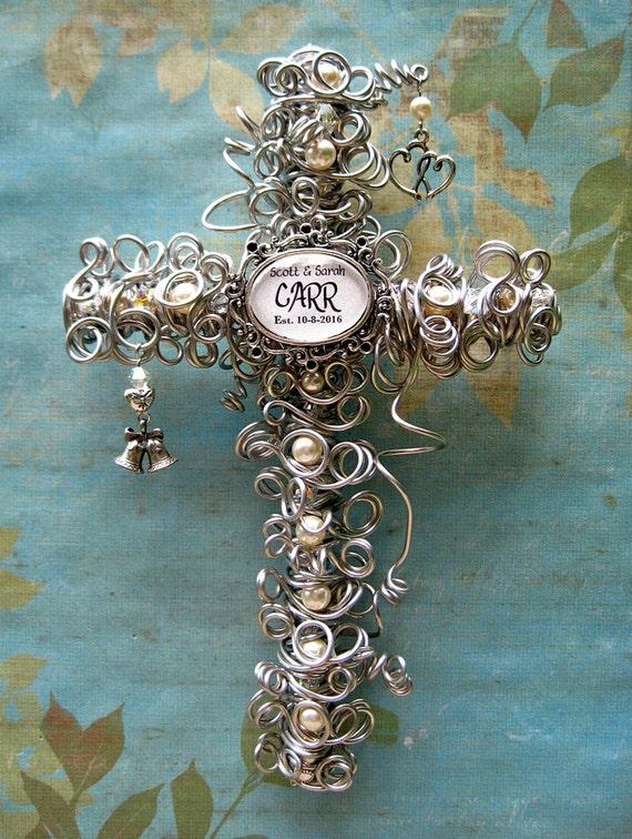 Wedding Gift Keepsakes : Wedding GiftWedding KeepsakePersonalized CrossCouple Gift ...