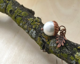 Snow and Copper Pearl Acorn Necklace | Cute Acorn Charm Necklace | Nature Jewelry | Fall Acorn Pendant