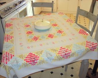 Vintage Mid Century Tablecloth Mod Leaves