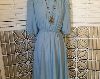 S. L. Petites Dress - 1970s vintage dress - powder blue dress - puff sleeve dress - poly-knit dress