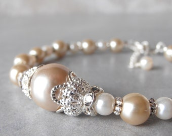 Pearl Bracelet Bridal Jewelry Pearl Wedding Bracelet Beige Bridal Bracelet Beaded Bridesmaid Jewelry Maid of Honor Gift Silver Adjustable