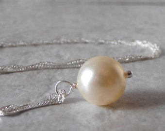Simple Pearl Necklace Pearl on a Chain Bridal Jewelry Cream Pearl Pendant Sterling Silver Wedding Jewelry Minimalist Bridesmaid Necklace