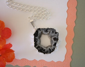 Geode Necklace Silver, Crystal Necklace, Geode Agate Slice, Druzy Pendant, Natural Geode, GS16