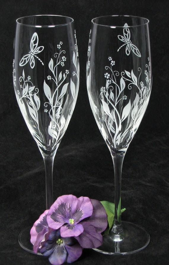 Personalized Wine Glasses For Wedding Gift : Personalized Champagne Glasses, Vine Dragonfly Wedding Decor, Gift ...