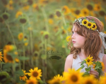 Flower Girl Sunflower Flower Crown with Green Leaves and Babies Breath Wedding Hair Yellow Floral Halo Boho Wedding Bridesmaid headband