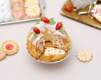 Strawberry Kouglof (Cut) - 12th Scale Miniature Food