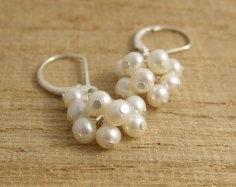Earrings with a Cluster of Freshwater Pearls BE-22
