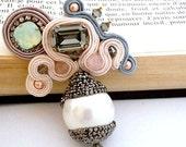 bead embroidered pearl brooch , grey and vintage pink brooch , DIANE , rhinestone brooch , pearl pave rhinestone jewels , pink quartz broach