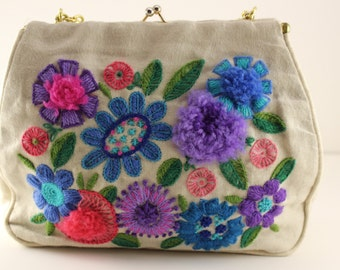 Vintage Linen Crewel Embridered Floral Handbag Purse