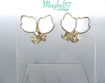 Vintage 50s Earrings - 1950s White molded Glass Leaf Earrings - on sale