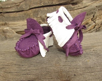 "Baby Moccasins By Desi, Purple Lambskin Leather, White Deerskin 3 3/4"" Long, 3-6 Months, Ceremonial, Tribal, Aztec, Girl, Shoes, Booties"