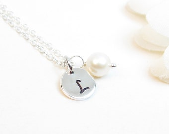 Child Initial Disc Necklace // Little Girl Silver Disc Necklace // Child Monogram Necklace // Letter Necklace for Girls // Child Necklace