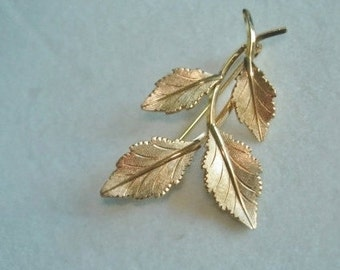 Vintage Jewelry Signed VD 14K GF Leaf Brooch