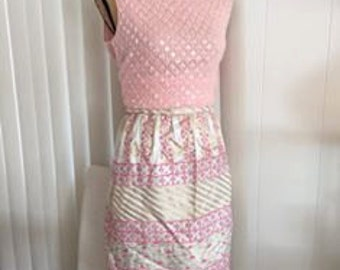 Vintage Pink Gold and Silver Lurex Skirt -- 1960's -- Size S-M
